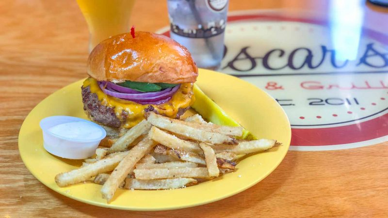Oscar's on Pierce Burger & Beer